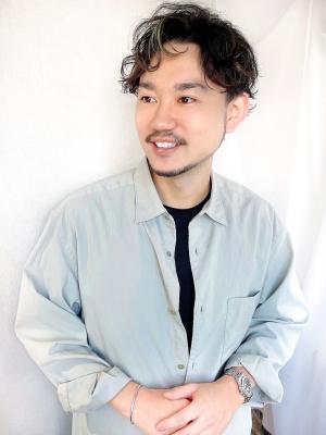 成田 勇亮