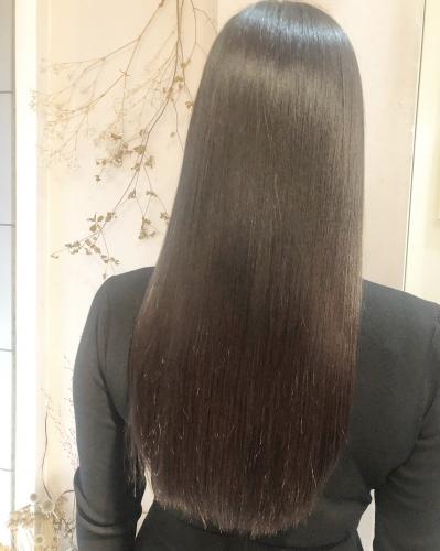 超話題!プレミアム髪質改善でサラサラ髪へ