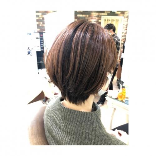 ショートヘア ▼ 浅草 美容室 卒業式