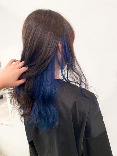 学生さんのイメチェンに☆インナーカラーブルー☆高田馬場 美容室 酸熱 髪質改善トリートメント