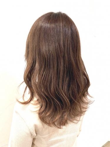 イルミナカラーで大人可愛いミディアム☆高田馬場 美容室 酸熱 髪質改善トリートメント