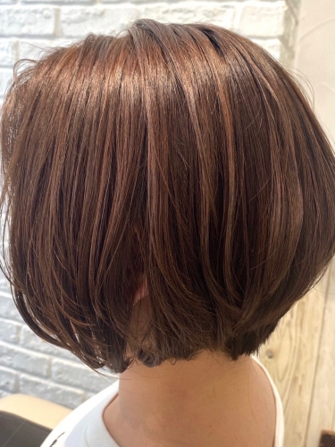 大人の女性に◎ショートボブ×ハイライト☆高田馬場 美容室 酸熱 髪質改善トリートメント